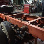 積載型クレーン、シャシー修理
